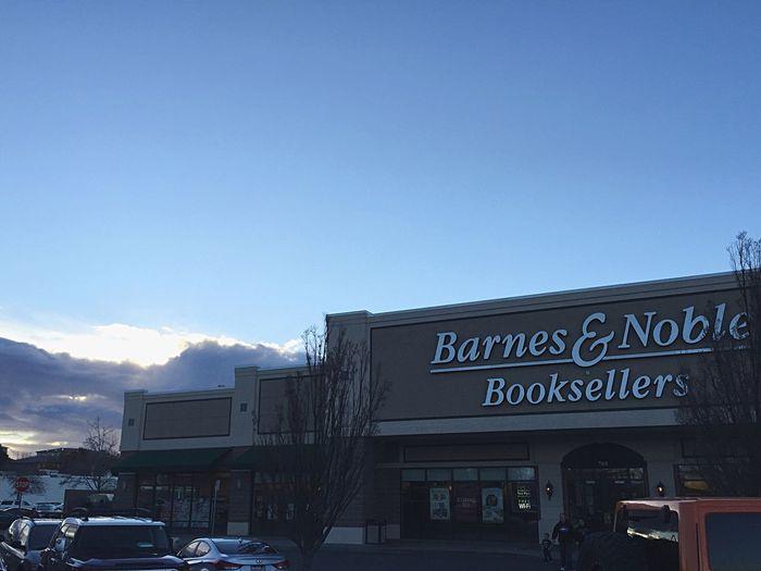 Barnes and Noble Kennewick Barnesandnoble Bookstore Tri Cities Washington ! :) <3 Tri Cities EyeEm Best Shots EyeEm Best Edits IPhone American Dream Iphonephotography Iphoneonly IPhoneography Shopping Mall Shopping Center