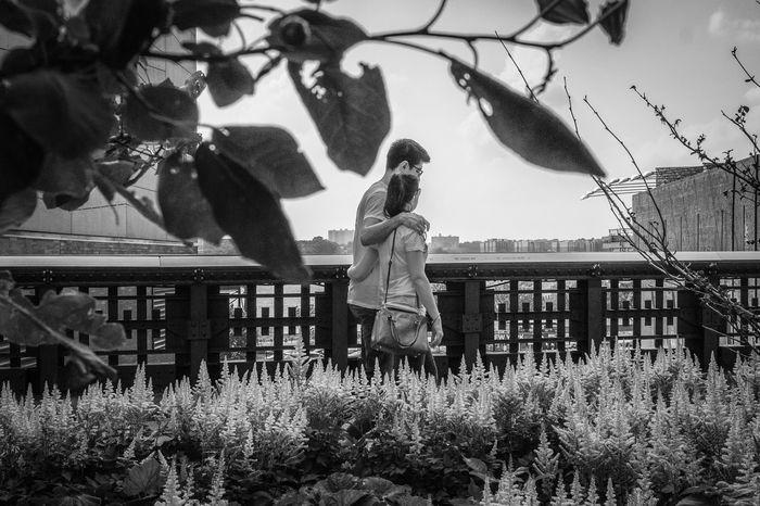 Highline Park, NYC | 2015 Capture The Moment Street Photography Streetphoto Street Portrait Streetportrait Streetphoto_bw Streetphotography_bw Street Photo Highline Park I Love My City