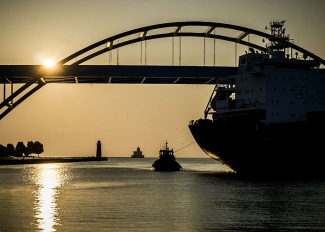 Water Silhouette Nautical Vessel MKE 🏙 Waterscape Wisconsin Mke_illgrammers Milwaukeesbest Wisconsin Life Sunrise_sunsets_aroundworld Horizon Harbor Sea Horizon Over Water Sunset