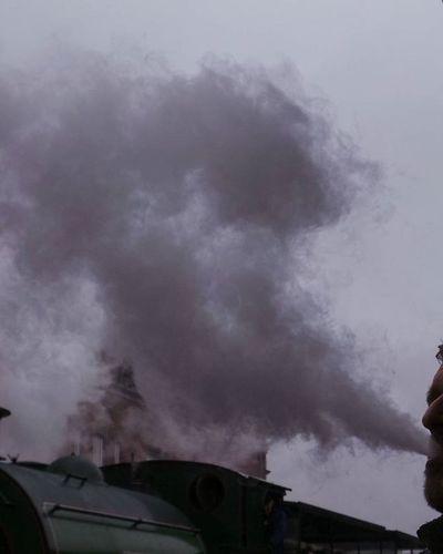 Agecroft No. 1 vs @instachris76 in a Smoke-Off Vape Mosi Igersmcr Mcr_mosi_meet