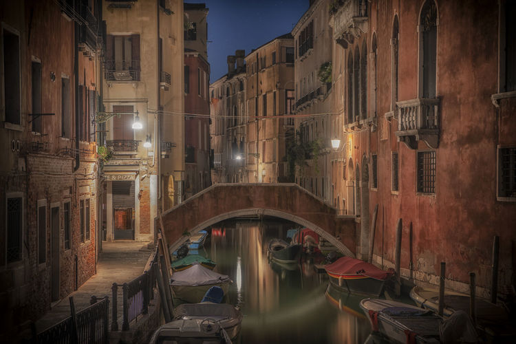 Architecture Architecture Transportation Canal Mode Of Transportation Connection Night Bridge - Man Made Structure City Nautical Vessel Water Bridge Built Structure Building Exterior Travel Destinations Reflection Gondola - Traditional Boat Illuminated Nature Footbridge Arch Bridge