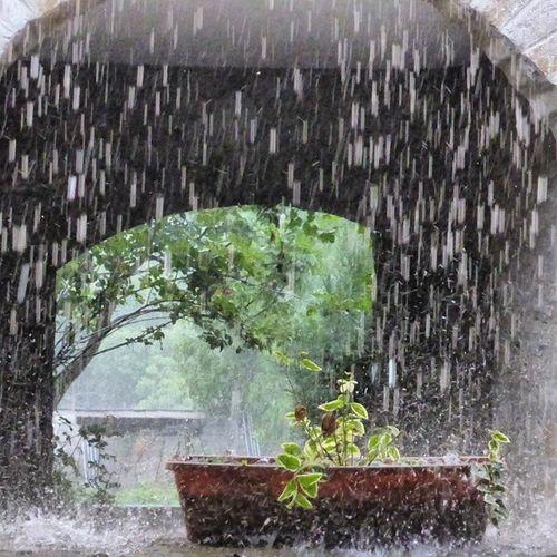 Lloviendo y granizando a mares. Rain Hailstorm Torrelisa Huesca storm tormenta igershuesca igersaragon