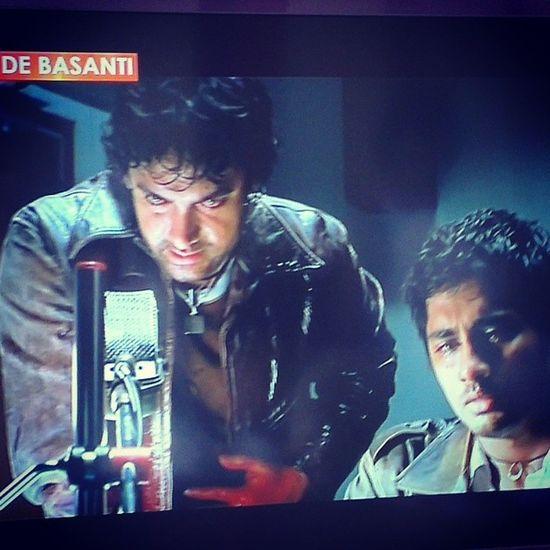 Watching movies that matter! Aamirkhan Revolutionary Eyeopeners Satyamevjayate wakeup commonman fightagainstcorruption notjustamovie rangdebasanti 100happydays day7