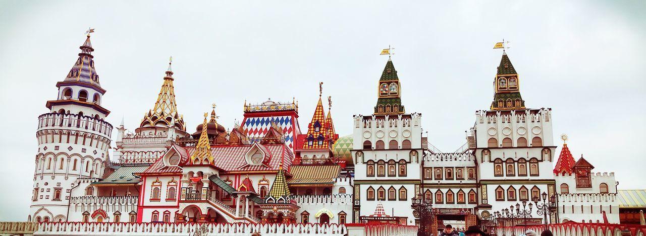 Izmaylovo kremlin against clear sky