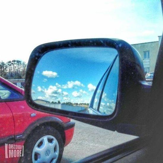 На субботнике была и пахала как пчела ))) беларусь Природа весна Машина отражение небо субботник Belarus Nature Spring Photo Car Telephone Mobile