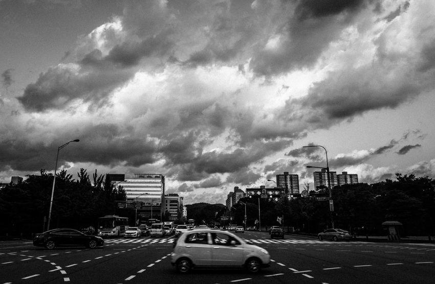 Blackandwhite Car City City City Life Cityscapes Cloud Cloudy Eye4photography  EyeEm Best Shots EyeEm Korea Scenery Sky Street Streetphoto_bw Streetphotography Taking Photos Walking Around
