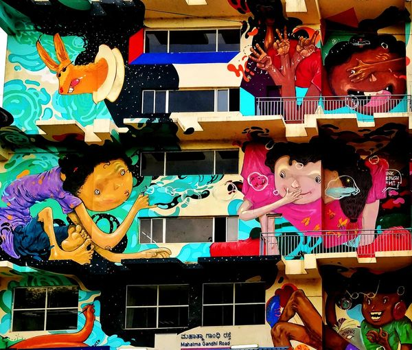 Graffiti love EyeEmNewHere Onepluslife Oneplusphotography Mobilephotography Oneplus5 Multi Colored Full Frame Close-up Street Art Graffiti Art And Craft Art ArtWork Colorful