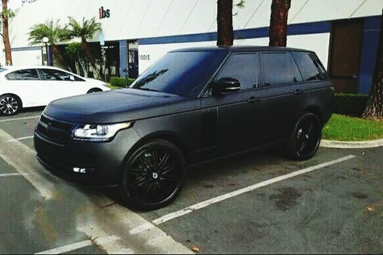 Like what you have Rangerover Luxury Car SUV Happy People Loving Life