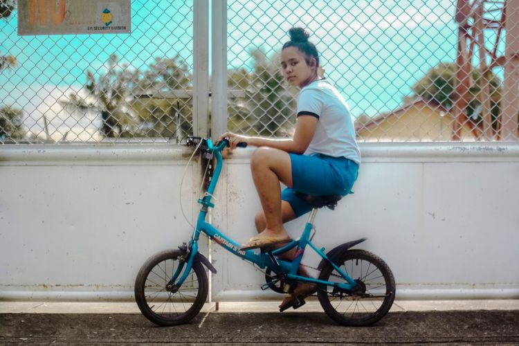 slayin her pose with her brother's bike... 😂EyeEm Gallery Photographylovers Taking Photos EyeemPhilippines PortraitPhotography Visualsoflife The Portraitist - 2018 EyeEm Awards The Street Photographer - 2018 EyeEm Awards The Fashion Photographer - 2018 EyeEm Awards