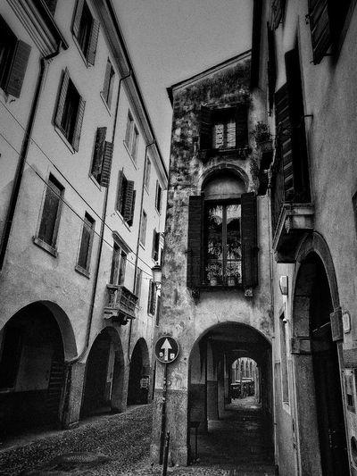Padova, Aprile 2019 Blackandwhite City City Street Arch Architecture Built Structure Close-up