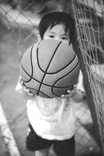 Lil Bro with basketball Basketball Basketball - Sport Basketball Hoop Basketball Game Basketball Player Basketball - Ball Like Like4like Followme Bnw Blackandwhite Black And White Black & White Sport Childhood Child Babyhood Unknown Gender Babies Only One Baby Boy Only Baby Baby Clothing 0-11 Months Toddler  Newborn
