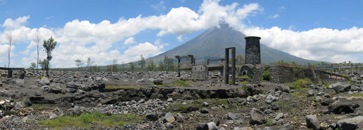 incident that caused casualties when a typhoon occurred after Mayon volcano exploded in 2006. A total of 1,399 people were killed in Bicol region including the province of Albay that year. Casualties were caused by the flood from Typhoon Reming (international name Durian), which hit the province months after the explosion, intensified by the lahar flows from the volcano. Lahar Afermath Mayon Volcano Mayon Volcano Daraga, Albay Philippines Philippines Unpredictable Volcanoes Volcanic Landscape Volcanoes