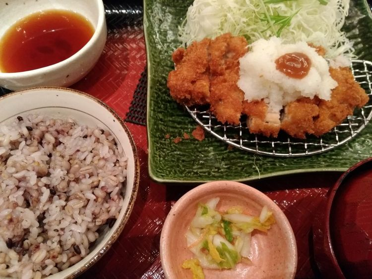 チキンカツ定食 大戸屋 Japan Photography Food And Drink Food Bowl Healthy Eating Ready-to-eat Freshness Indoors  No People Meat Plate