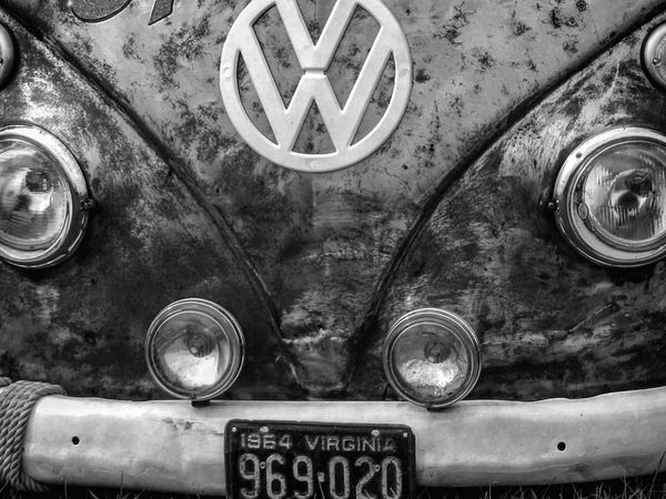 Awesome Volkswagen Bus ✌🏼️ Volkswagen Volkswagenbus Bus Hippie Love Peace Photography Automotive Vehicle Camper Transportation Blackandwhite Blackandwhite Photography Black & White Cars Vintage Classic Antique Automobile Retro
