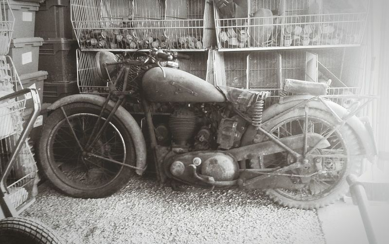 Monochrome Oldmotorcycle Relaxing Open Edit Blackandwhite Italy Streetphotography Motorcycles Motorcycle Photography Streetphoto_bw Roma Sorprise Freedom