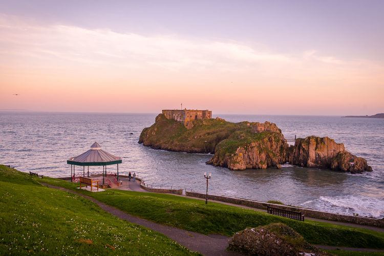 St Catherine's Fort Sunset Silhouettes Sunset_collection Tenby Tenby Castle Tourist Attraction  Travel Photography Wales, UK Pembrokeshire Sea Sore St Catherine's Island Tenby Beach Tenby, Pembrokshire Tourism Tourist Destination Travel Destinations