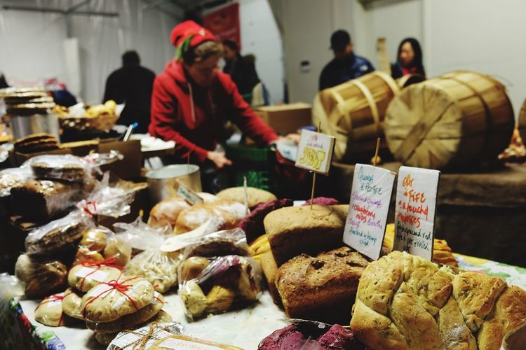 Holiday shopping's Holiday Shopping Holiday Moments Christmastime Marketplace Bakery Food Food And Drink Retail  Market For Sale Market Stall Freshness Focus On Foreground Abundance