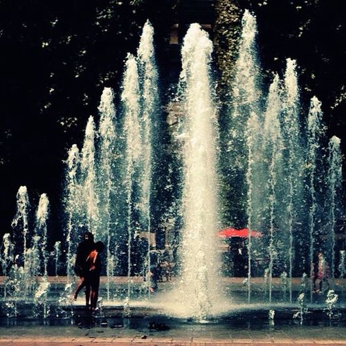 Fontaine Montpellier Couleurs Moments