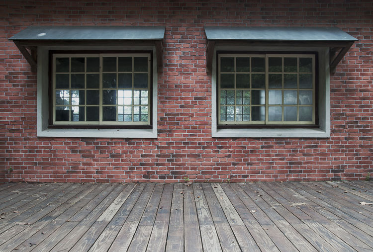 Window Architecture Building Exterior Built Structure Brick Wall Brick Building Day No People Wall Wood - Material Outdoors House Glass - Material Residential District Empty Entrance Wall - Building Feature Pattern Brown