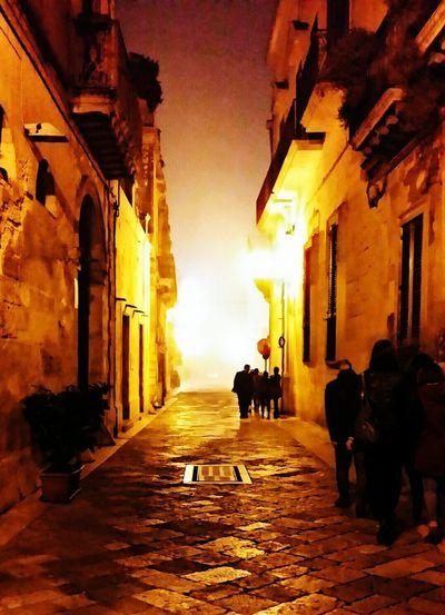 Camminare nella nebbia.... Lecce Salento Nebbia Italia Italy Ilovelecce Puglia South Italy