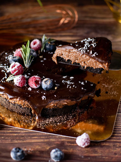 Food Food And Drink Sweet Food Dessert Freshness Sweet Indulgence Cake Ready-to-eat Fruit Baked Close-up Indoors  No People Still Life Temptation Healthy Eating Wood - Material Table Baked Pastry Item