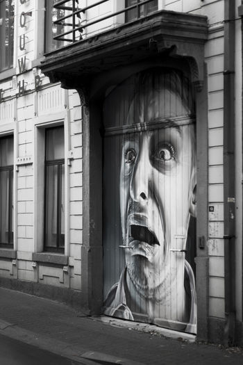 Architecture Art Building Exterior Graffiti Graffiti Art Graffiti Wall Grafiti Scared Scared Face Scared? Scary Face