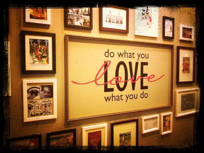 Do what you love. Love what you do. No more Streamzoo :( Savestreamzoo Love Museum Seoul Hongdae