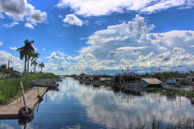 Everglades holiday park against cloudy sky