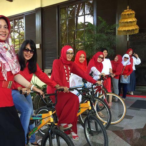 Ready to Bike 🚲🚲🚲 Happymommies Iphone6 Bunars Labschool Unesa Soerabaia