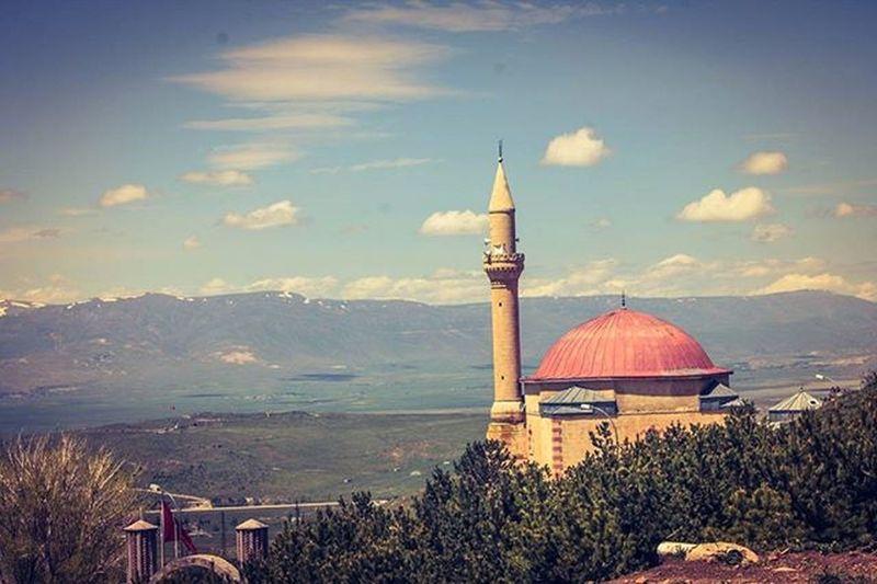 Me Amazing Nice Turkey Erzurum Beautiful Relaxingday Hello Traveling Travel Nature Fresh Mountains Damla_projesi Landscape Mosque