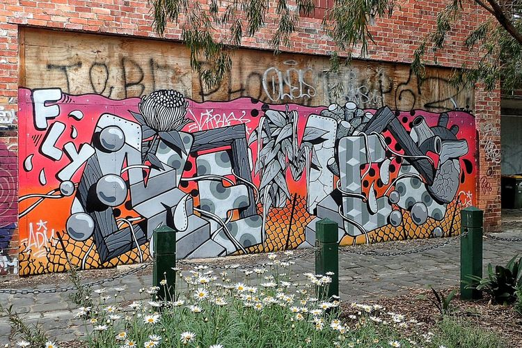 Urban Spring Fever On The Road Travelling Hello World Relaxing Landscape Dreamscapes Wishyouwerehere Grafitti Grafito Grafitti Wall Grafitti Street Art Streetart/graffiti Streetart StreetArtEverywhere Urbanwalls Urbanwall Packing My Suitcase Mural Art Nothingisordinary Livethemoment Landscape_captures Colorwalls Colorwalk springinthecity