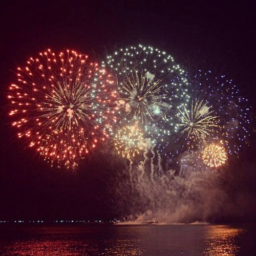 Happynewyear ! :) Changeforthebetter Great Love life wish beautiful grateful 2013 . ü ThankYou O` Lord Jesus for another year ! All the Glory and Praise are Yours.