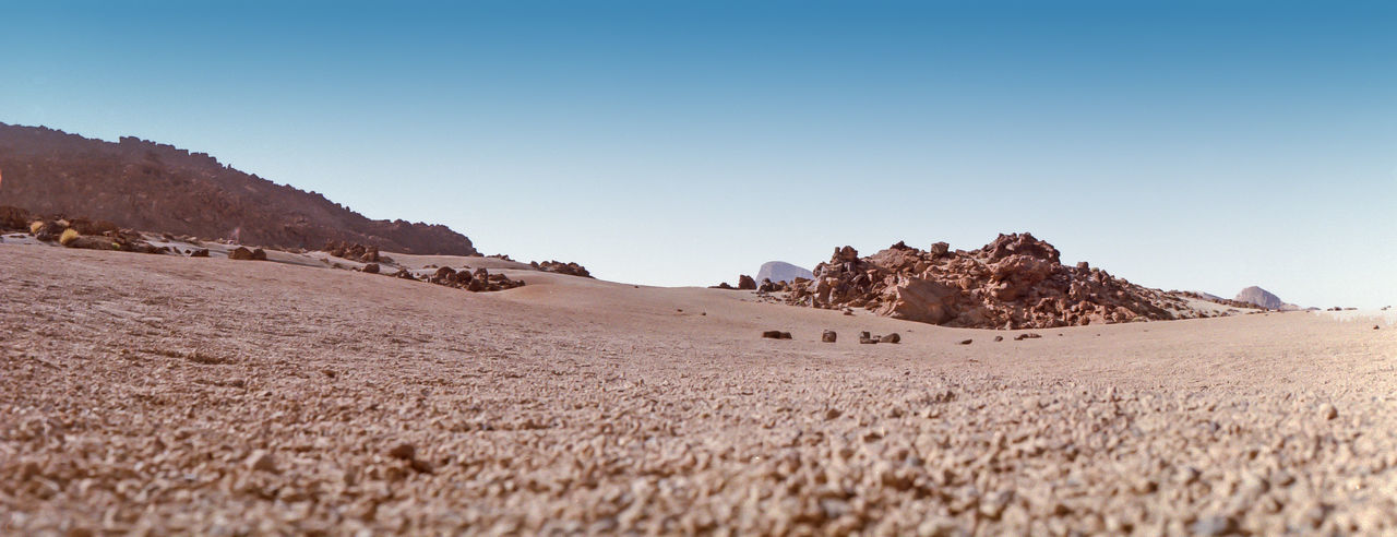 Moon-like landscape on the Teide, a big vulcanic mountain in Tenerife, Canary Islands, Spain. Analogue Photography EyeEmNewHere Vulcan Arid Climate Beauty In Nature Clear Sky Climate Desert Landscape Outdoors Pebbles And Stones Vulcanic Landscape Vulcanic Stones