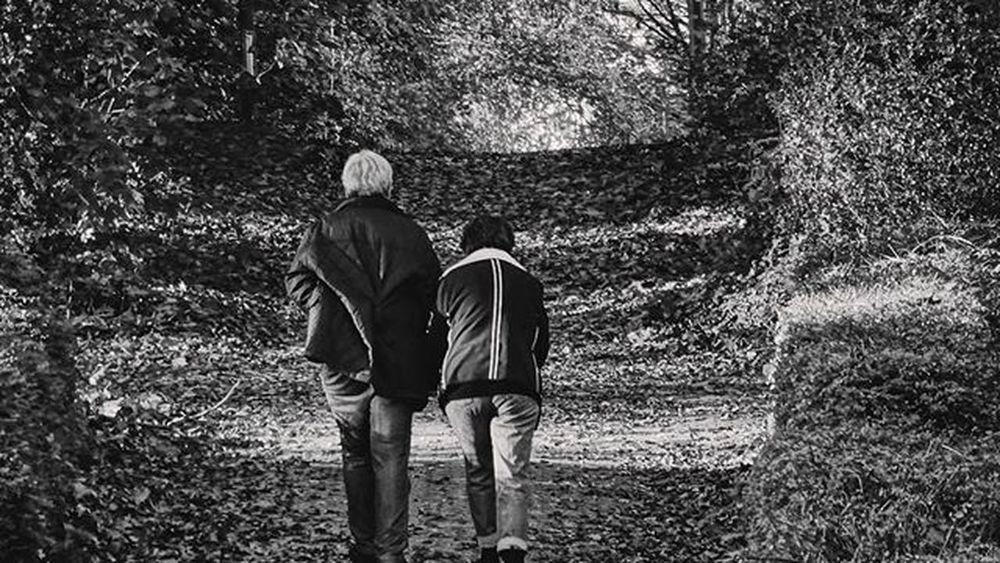 """When asked how they managed to be together for long 65 years , the woman replied """" we were born in time where if something was broken , you fixed it """" ••••••••••••••••••••••••••••••••••••••• Blackandwhite Bnw Monochrome Tagsforlikes .com Instablackandwhite Monoart Insta_bw Bnw_society Bw_lover Bw_photooftheday Photooftheday Bw Instagood Bw_society Bw_crew Bwwednesday Insta_pick_bw Bwstyles_gf Irox_bw Igersbnw Bwstyleoftheday Monotone Monochromatic Noir Fineart_photobw"""