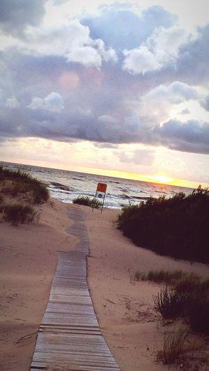 Coolshot EyeEm Best Shots Sea And Sky Sea Seaside Clouds Beautiful Nature Baltic Sea Beach Beachphotography Hello World