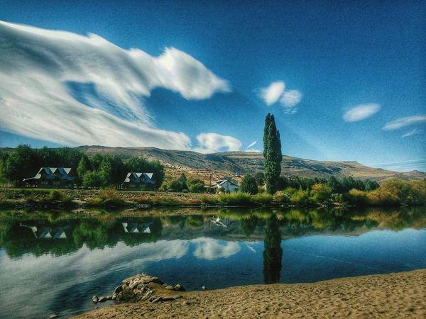Dónde el cielo se encuentra en los ríos first eyeem photo