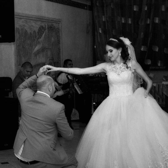 The Music, The Dance of Love ... Wedding EyeEm Best Shots Blackandwhite Bride Wedding Dress Love EyeEmBestPics EyeEm Selects Bnw_captures