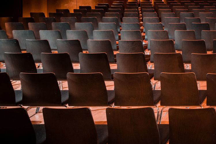 Stuhlreihen Event Theater Audience Auditorium Chair Education Empty Indoors  Lecture Hall Seat Theater University University Student