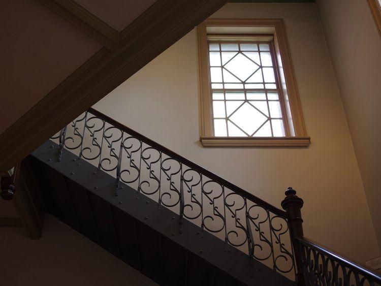窓と階段 Eye4photography  OpenEdit Tadaa Community Tadaa Interior Design Time Feeling Settles Window At The Window