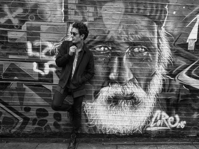 Vsco#vscogram # #london#instalondon #myLondon #photooftheday #igers #exploreeverything #uncalculated #shoot2kill #canon_official #icatching #mybest_shot #voyagediaries #insta_vibrant #chasingthemoment #ftwotww #instagoodmyphoto #huntgram #huntgramlondon # City Architecture Blackandwhite