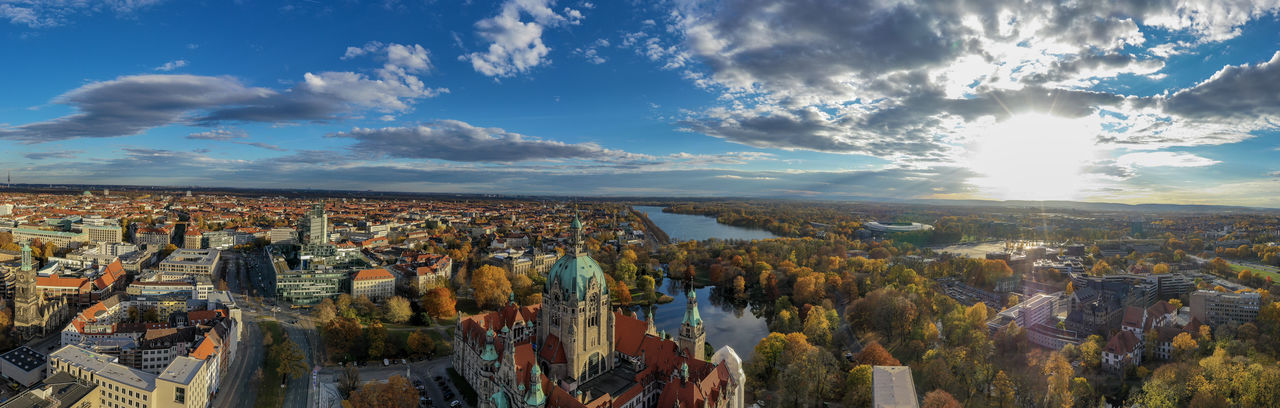 Großer Garten, Hannover from above Dronephotography Aerial View Architecture Autumn colors Building Clouds And Sky Lake Day Nature Building Exterior Travel Destinations Baroque Garden Geometric Shapes Garden Garden Structures High Angle View Trees Plants And Flowers Flower Patterns Historic Garden Multi Colored