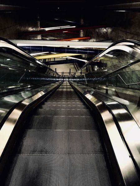 Escalator Indoors  Transportation Railing Futuristic Convenience Modern Steps And Staircases The Way Forward Architecture No People Built Structure Technology Illuminated Day