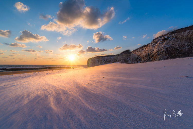 Snow drifting across the beach, Joss Bay, Broadstairs Sand Beach Outdoors Landscape Tranquility Snow Snowscape Broadstairs Landscape_photography Eye4photography  Snow Covered Sonyalpha Sony A6500 EyeEm Best Shots - Landscape Sunrise_Collection Sunrise_sunsets_aroundworld England, UK Sunrise EyeEm Masterclass Sony Images Seascape Photography Nature_collection Winter Dawn Of A New Day Beach Photography