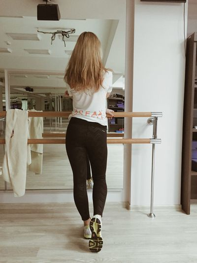 Gym Fitness Body & Fitness Sport Fit Girl