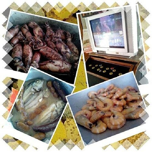 Sunday is FAMILY DAY!!! <3. Seafoodsday Happy Bonding .:))