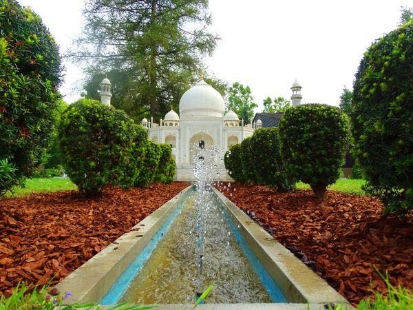 Tag Mahal Architecture Day Minimundus Nature Sky Tree Wihte