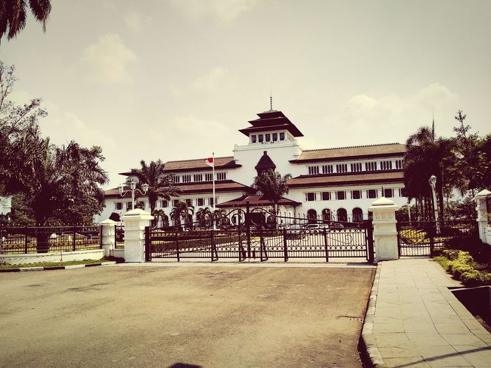 Meet me there someday.. Hello World Bandungjuara Pangbapontar Gedungsate