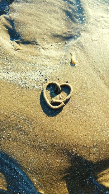 Close-up Sand Gold Colored No People Nature Water Day Outdoors Heart Heartshaped Beach Beauty In Nature Findings Findings In Nature EyeEmNewHere 3XSPUnity