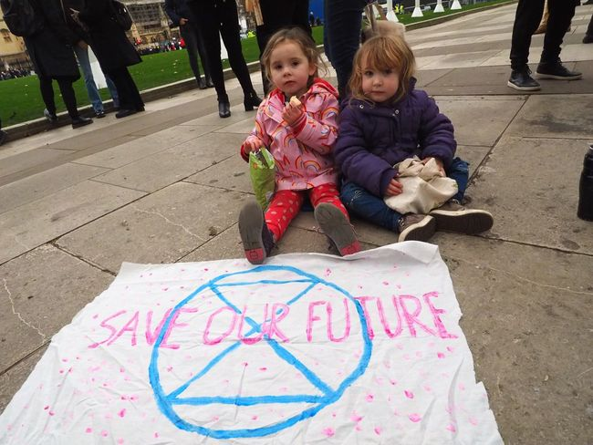 London Earth Strike // Climate Protest // Parliament green 15/01/2019 Save Our Future LONDON❤ Green Protest Climate Change Protest Environment Protest Earth Strike Protest Protesters Stevesevilempire Steve Merrick Olympus OM-D Child Childhood Men Males  People Boys Day