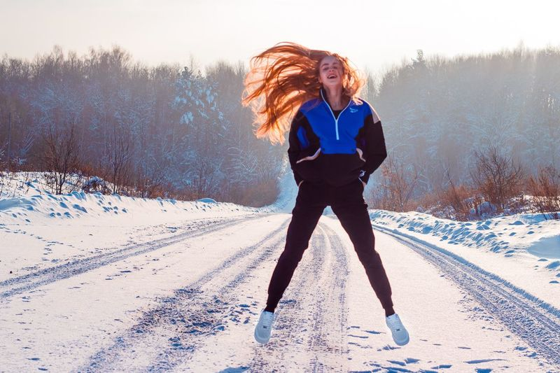 17 января. Завтра сумасшедший день. Как всё успеть? EyeEm Selects Snow One Person Winter Cold Temperature Leisure Activity Lifestyles Nature Real People Young Adult Day Women Clothing Warm Clothing Young Women Front View Motion Teenager Land Full Length Sky